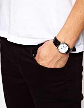 Casio | Casio Watch MTP-1154E-7AEF Leather Strap at ASOS