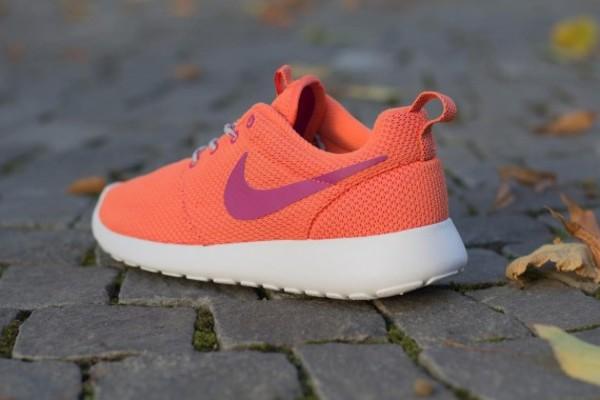 shoes nike magenta purple sway nike roshe run womens running shoes