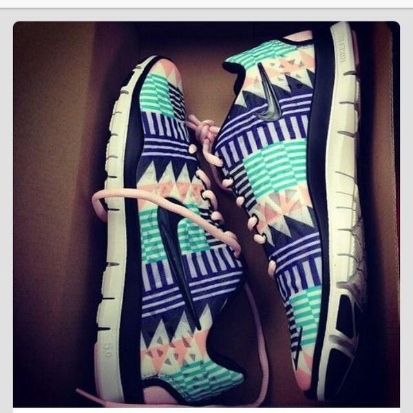 shoes aztec