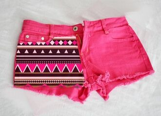 shorts zick zack cool pink shorts girly aztec pink denim tribal pattern tribal short tribal shorts brown clothes girl summer cute cut off shorts aztexprint shorts aztec pink pink aztec black and white pattern pink by victorias secret print pink demin hot pink hot pink shorts with tribal