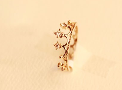 Cute Rhinestone Crown Ring on Luulla