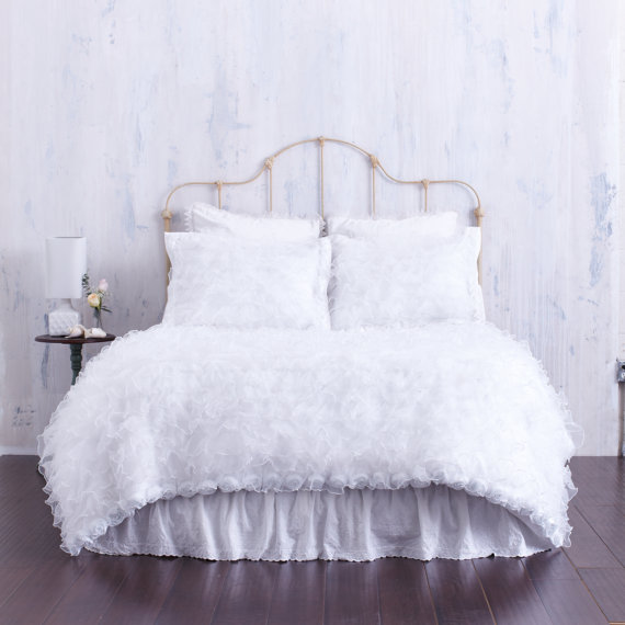 Very WHITE CHIFFON BEDDING . Ruffles . Duvet Cover . Designer Bed  PG14