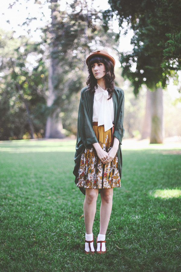 finch and fawn hat t-shirt skirt
