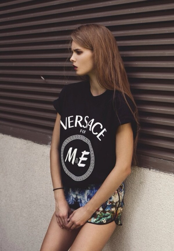 shirt black versace print m&e shorts t-shirt tumblr tumblr clothes cute tumblr outfit