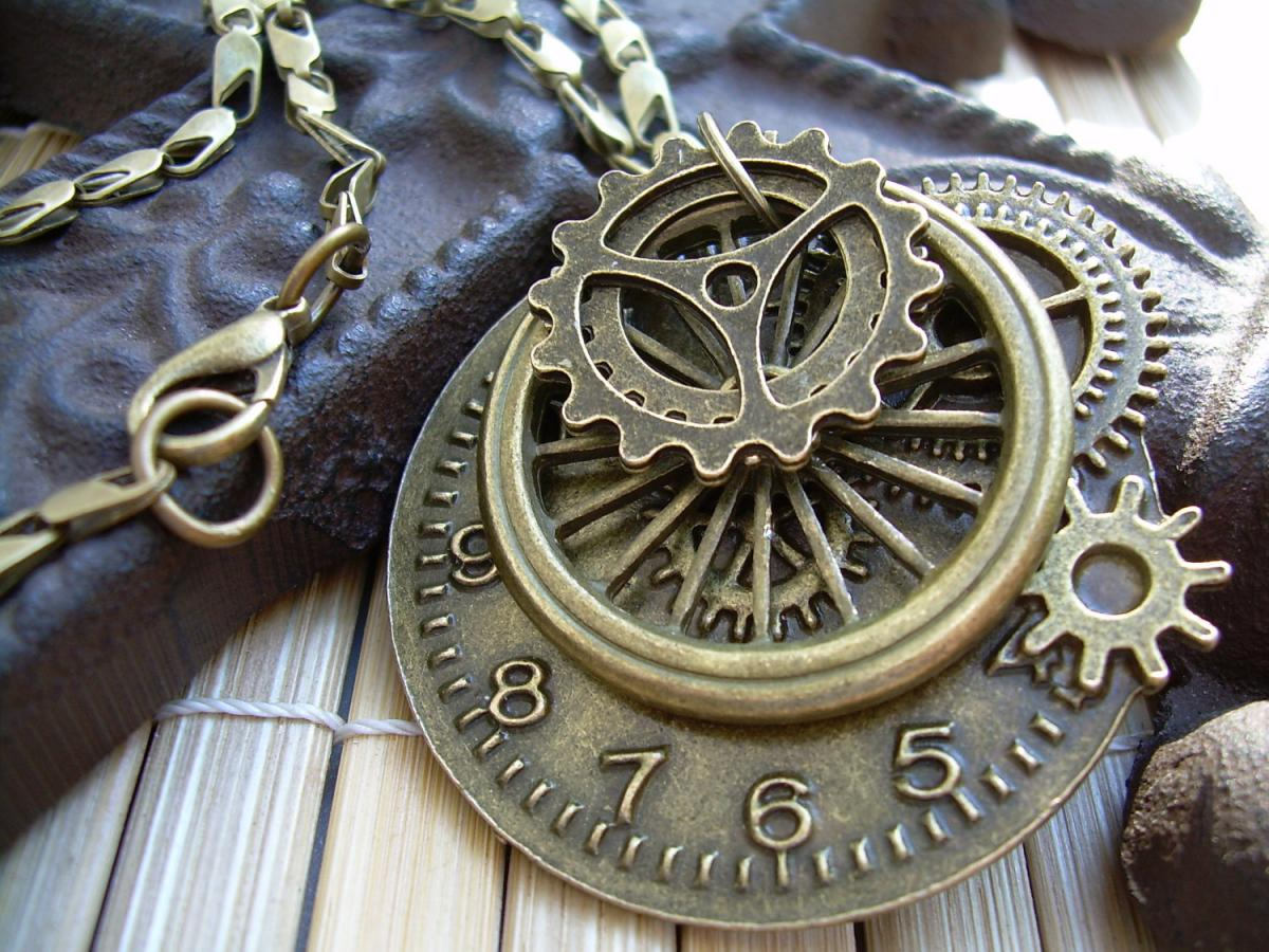 Steampunk Necklace And Pendant Charms Of Antique Bronze - Urban Survival Gear USA ABNASST on Luulla