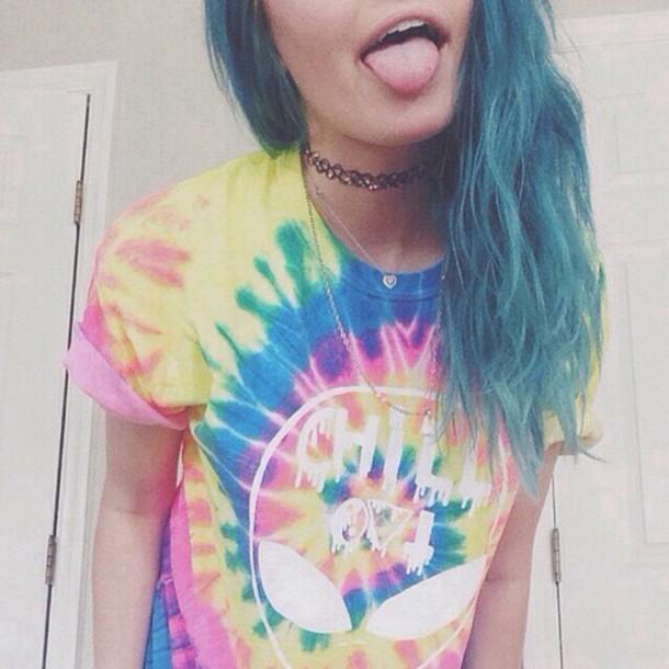 shirt tie dye alien chill out