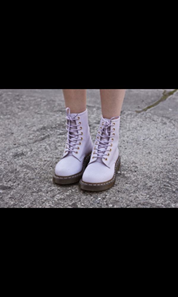 shoes DrMartens lilac boots