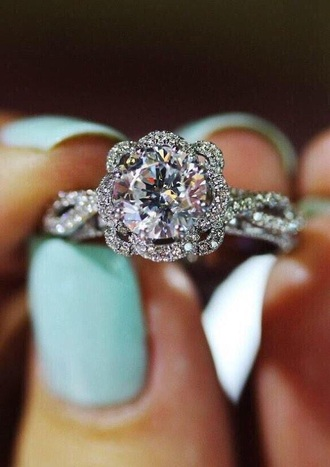 jewels diamonds ring gorgeous wedding ring jewelry engagement ring diamond ring silver ring sparkle wedding marriage the bling ring nail accessories tiffany & co. engagementring hand jewelry gemstone ring