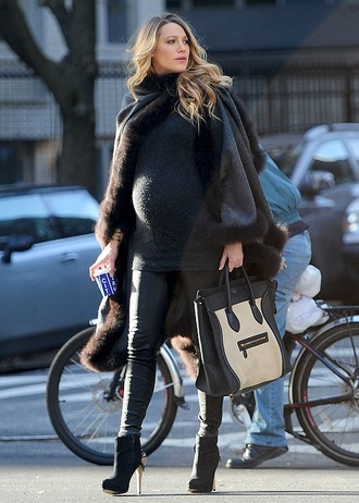 shoes high heels blake lively streetstyle maternity sweater