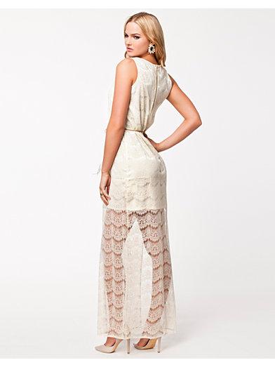 Olivia Long Lace Dress - Dry Lake - Offwhite - Kjoler - Klær - Kvinne - Nelly.com