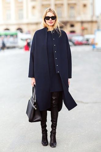 le fashion image blogger sunglasses coat dress bag navy coat boots handbag winter outfits
