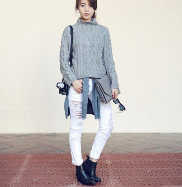 jullianne blogger cable knit white jeans chelsea boots ripped jeans sweater jeans shoes