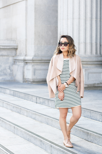 it's not her it's me blogger jewels t-shirt dress jacket shoes sunglasses jeans striped dress nude jacket oxfords