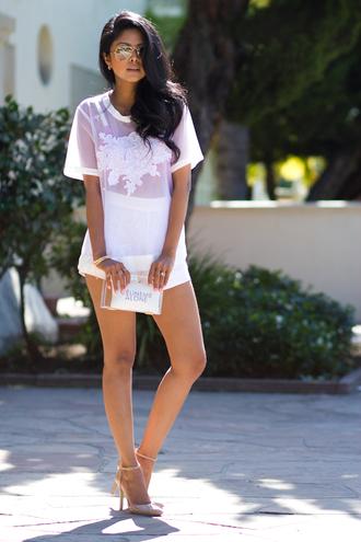 walk in wonderland t-shirt shorts shoes jewels bag blouse