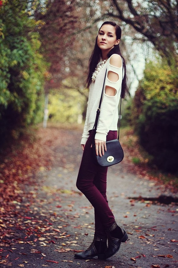 leona meliskova coat jeans sweater shoes jewels bag