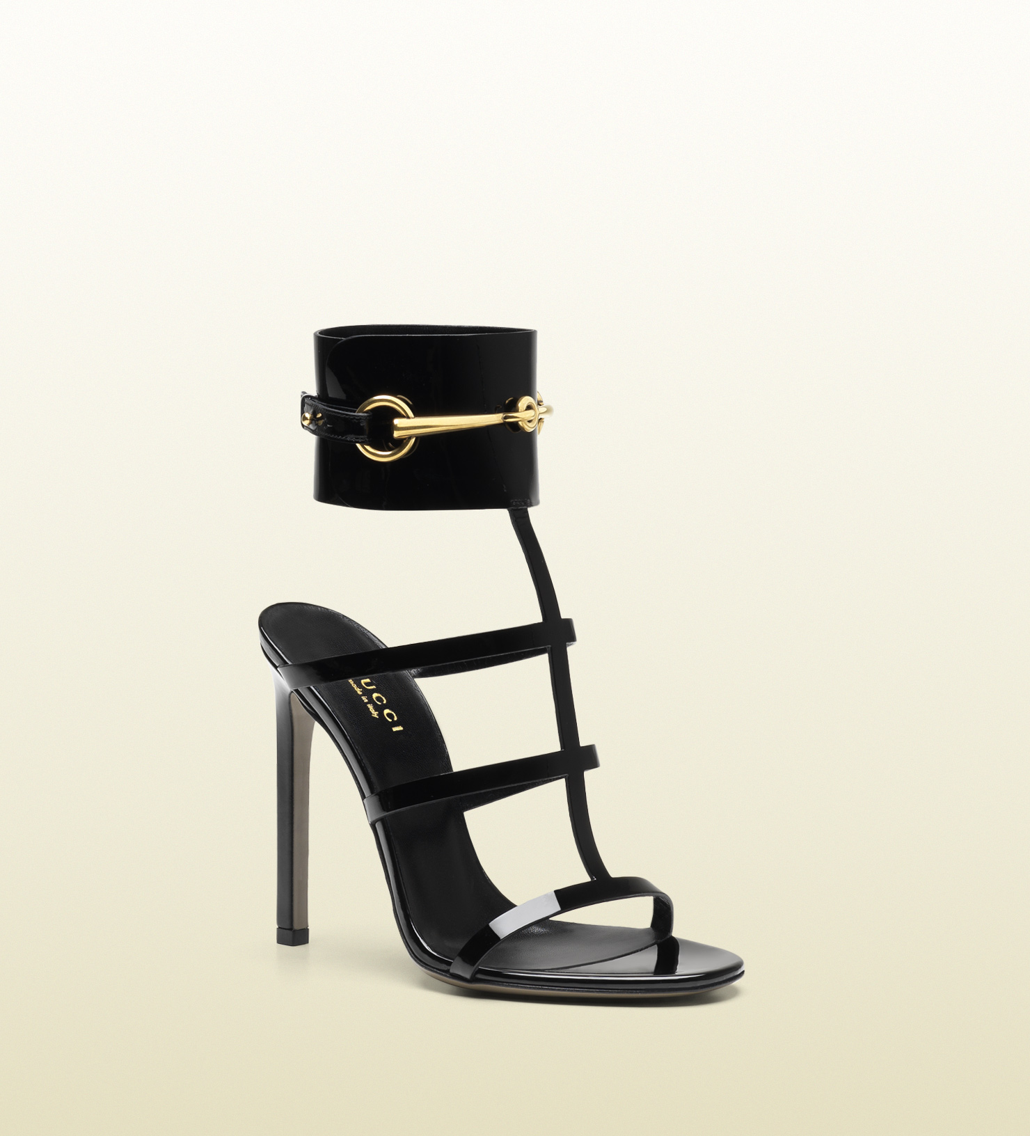 Gucci - ankle-strap patent leather sandal 319588BNC001000