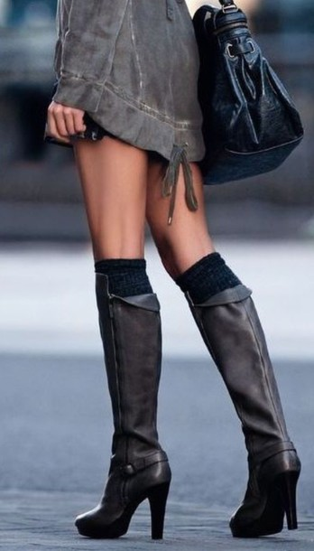 shoes grey boots boots high heels leather boots grey grey shoes classy coat