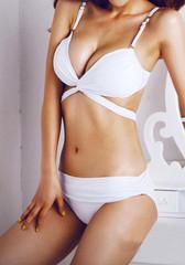 Twist Bandeau Bikini - White