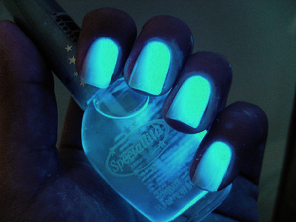 nail polish dark tumblr nail polish neon nail polish california girl beauty