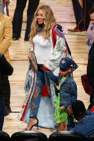 coat jeans ripped jeans beyonce sandals blue ivy top kimono