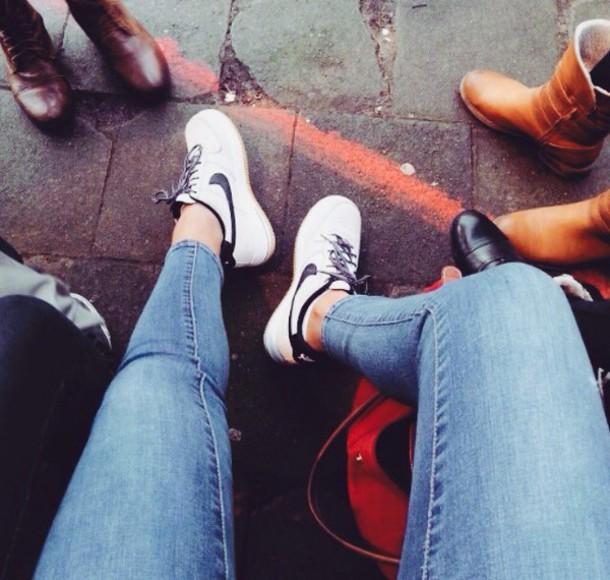 shoes white nike air force 1 black