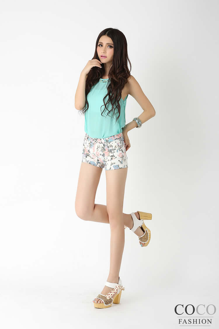 Blue Cute Floral Pattern Summer Collection Short Pants Ladies Shorts