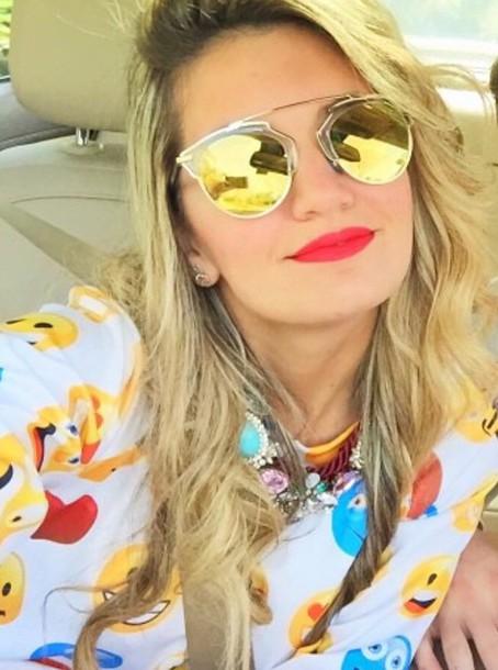 sunglasses blouse