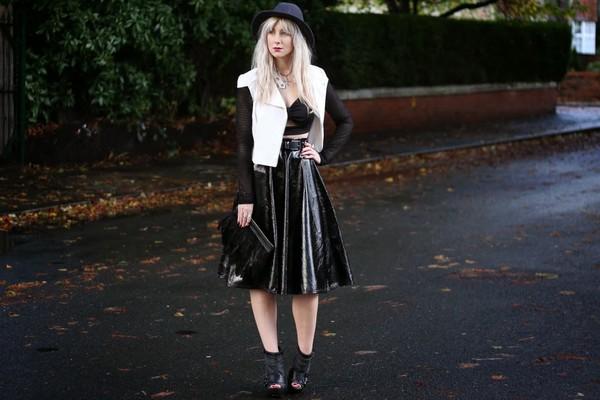 saraluxe t-shirt skirt bag shoes jacket