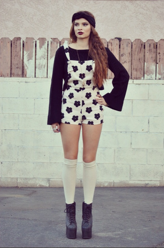 Luna Vintage — Daisy lovin' Overalls- Off White
