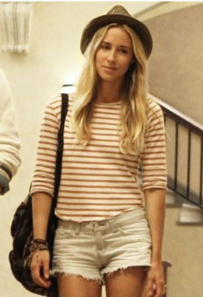 shorts gillian zinser 90210 beach celebrity style celebrity