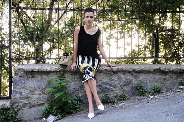 maritsa t-shirt skirt bag shoes