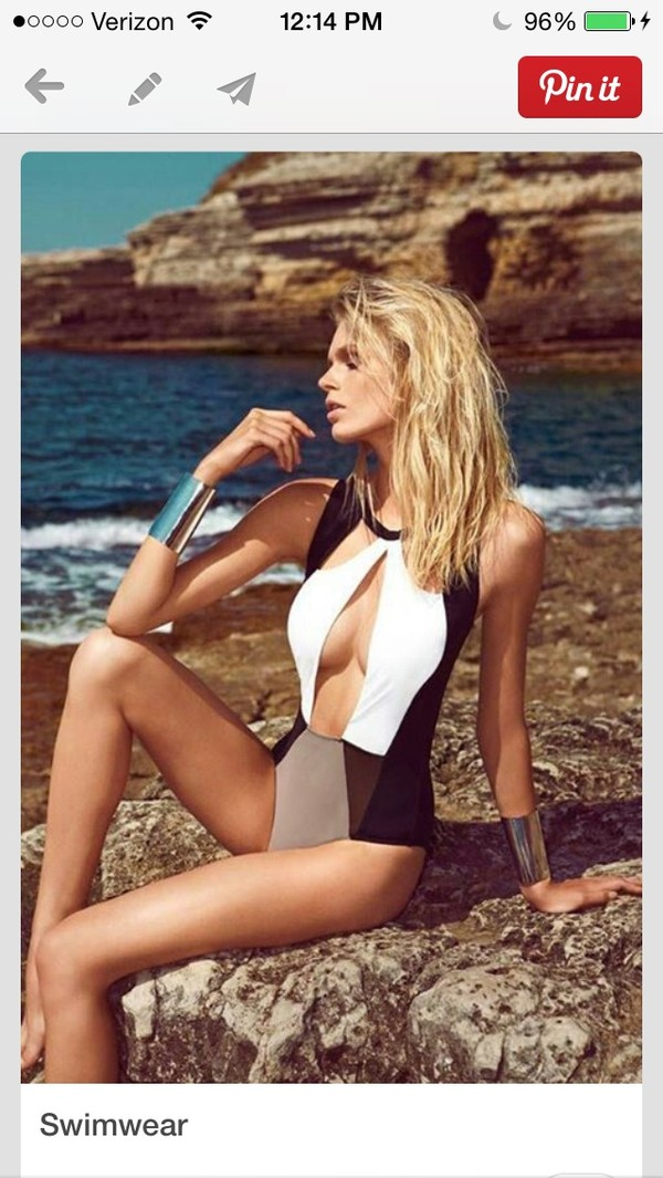 swimwear black white tan fashion black and white model sexy grey cut-out bodysuit swimwear halter neck cut out swim one piece swimsuit