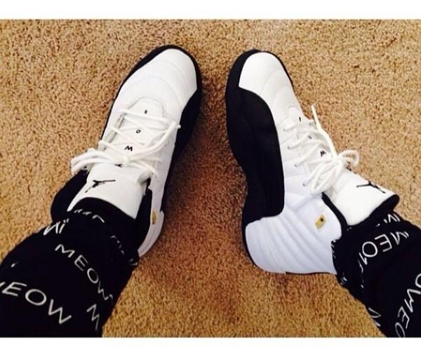 shoes sneakers beanie air jordan accessories sweats sweatpants pants
