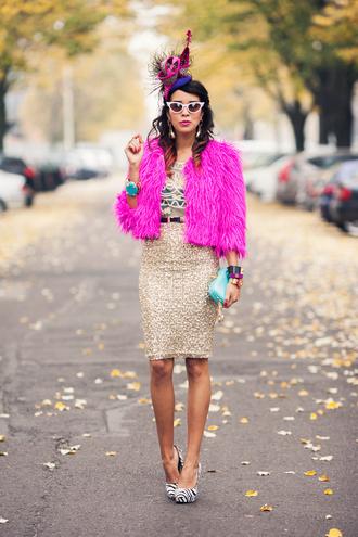 belt jewels sunglasses t-shirt shoes bag skirt macademian girl
