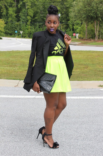 style is she blogger t-shirt adidas lime black blazer flare skirt