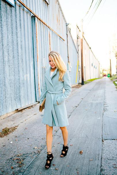 krystal schlegel blogger black heels blue coat coat sweater shoes bag
