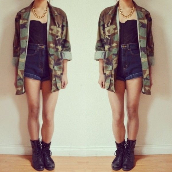 jacket camouflage High waisted shorts combat boots bustier coat army green jacket shirt shorts camouflage this ootd camo jacket bae or nahh bae cute coat