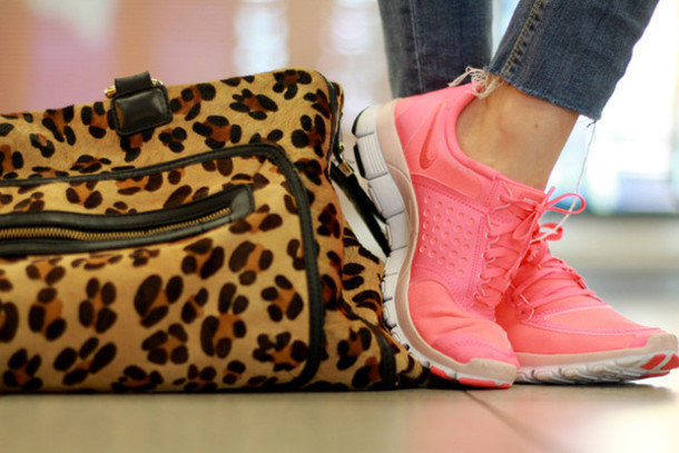 shoes bag running shoes nike shoes pink sneakers nike nike sneakers leopard print handbag