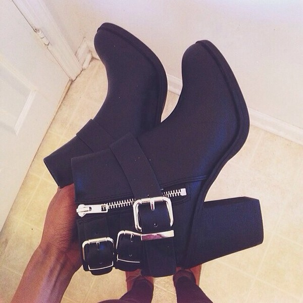 shoes black ankle boots boots ankle boots little black boots