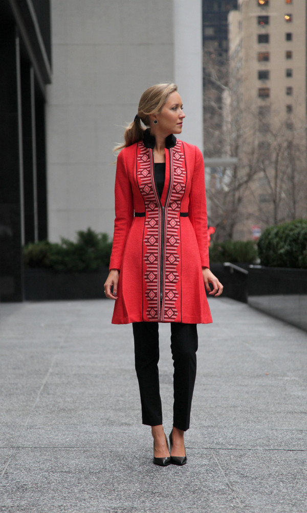 the classy cubicle coat pants t-shirt shoes jewels