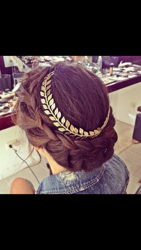 jewels hair accessory