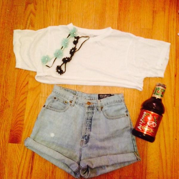 jeans High waisted shorts flower crown crop tops white crop tops arizona tea hat
