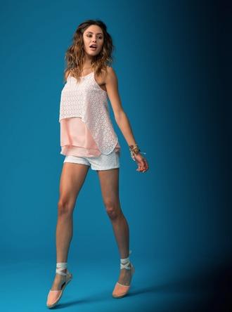 tank top spring t-shirt top women womenwear womenswear white pink salmon draped bicolor flowers summer summer 2015 spring 2015 vest hippie chic hippie boho boho chic bohemian contemporary jeans shorts jewels