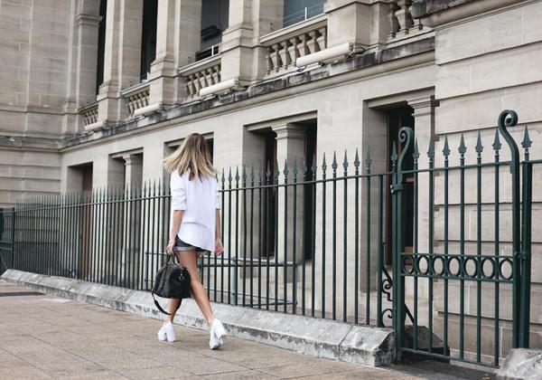 oracle fox shirt shorts bag jewels