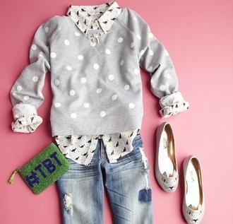 sweater grey forever 21 polka dots grey sweater clutch ballet flats jeans belt