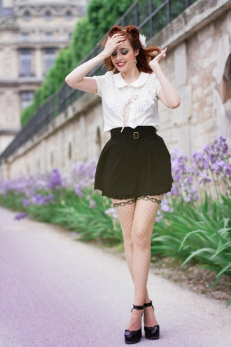 miss pandora t-shirt shorts polka dots nude tights tights black and white tights high heels platform high heels sexy cute kawaii blouse white blouse white shirt white top col claudine romantic pin up hairstyles hair accessory red hair peter pan collar polka dot tights