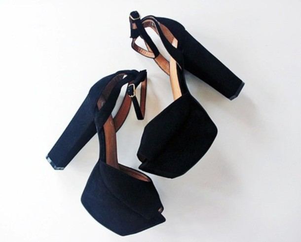 shoes black shoes platform shoes chick black chunky heels
