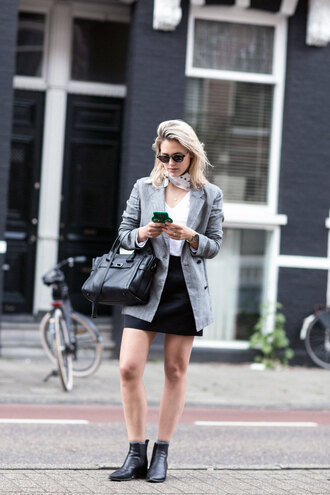 after drk blogger jacket t-shirt skirt shoes jewels scarf