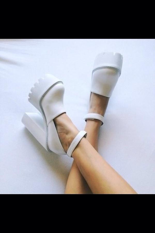 shoes platform shoes platform shoes flatform classy minimalist black white black and white wedges wedges white high heels high heels cream high heels heels ridged