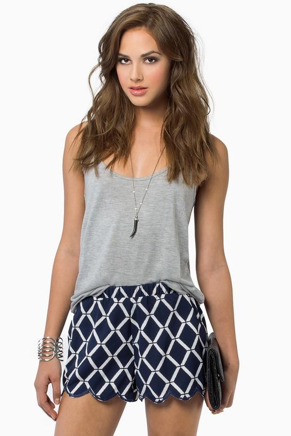 shorts jewels shirt